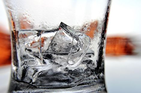 ice_cubes_in_a_glass